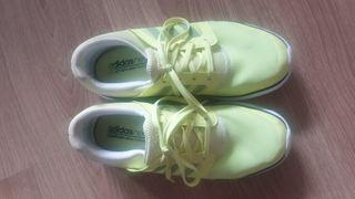 zapatillas adidas entreno. talla 36 2/3