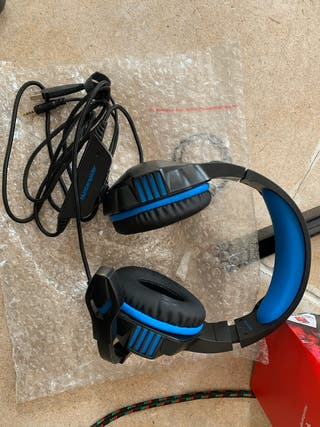 Hunter spider headphones