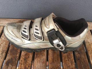 Zapatillas de bici de montaña
