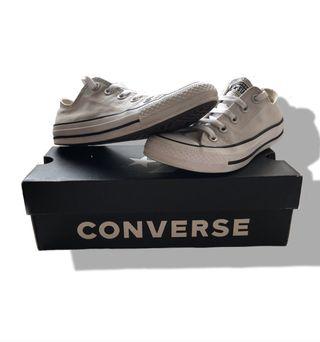Zapatillas converse grises + caja