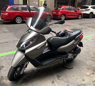 Moto Exclusiva Piaggio X7 125