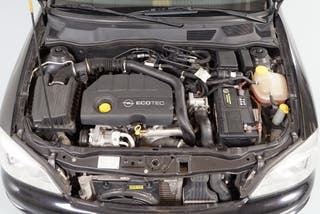 Opel Astra 1.7 CDTi. Pocos Kms. Garantía 1 Año.