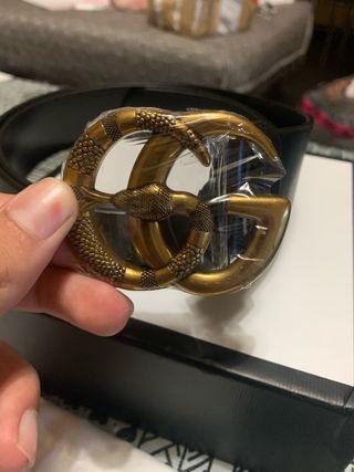 Cinturón gucci doble G serpiente