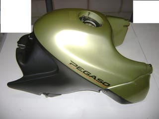 Aprilia Pegaso 650 3171 Plástica exterior