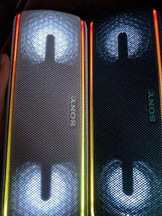 Pareja Sony SRS-XB41 Nuevos sin uso
