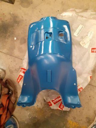 Aprilia Leonardo 125 150cc Interior Frontal