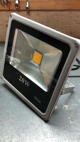 Reflector LED 20W 3000k