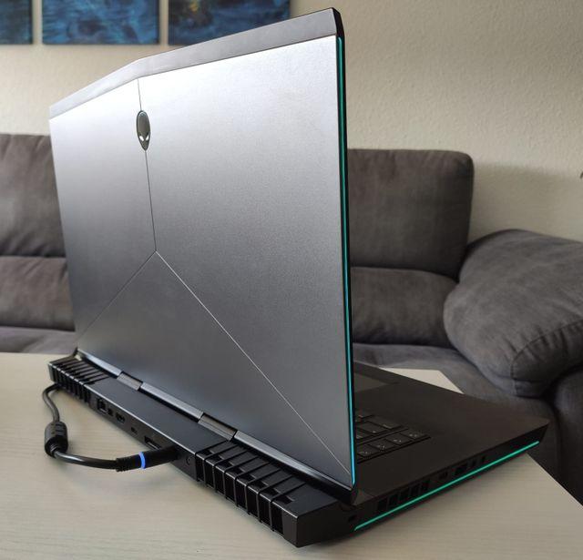 Ordenador portátil gamer ALIENWARE 15 R3