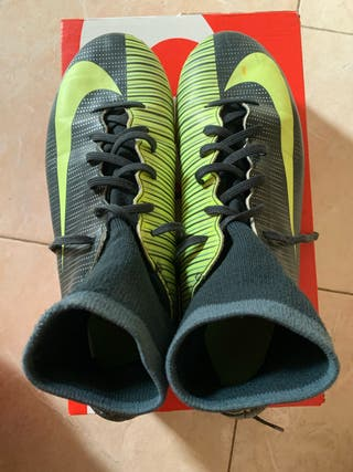 Zapatillas Nike talla 37,5. 25€
