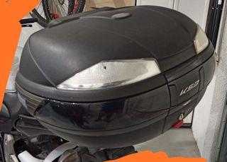 baúl moto 2 cascos + respaldo con ENVÍO