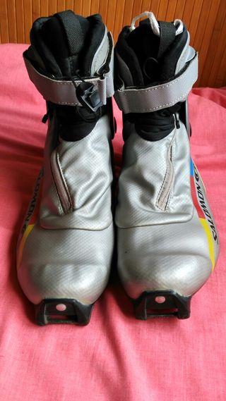 Botas ski de fondo o nórdico