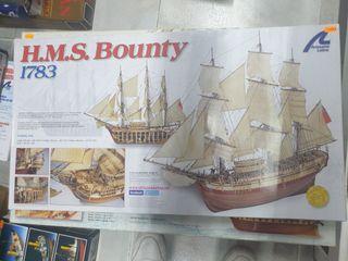 H.S.M. Bounty 1/48