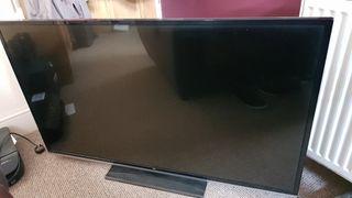 """50"""" smart TV excellent condition"""