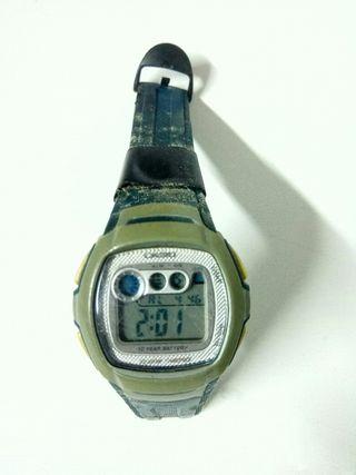 reloj digital CASIO 10 años de batería