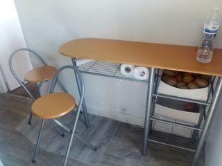 table bar avec 2 chaises