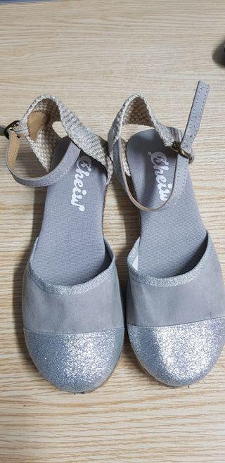Zapatillas de verano del 34 plateadas cheiw