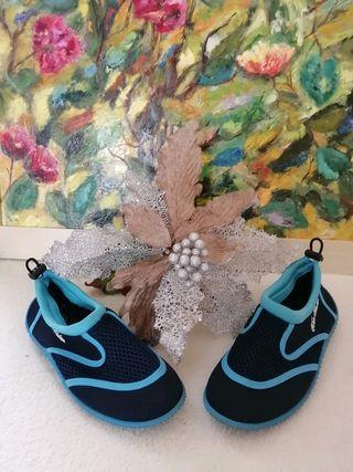 Escarpines zapatos de agua niño
