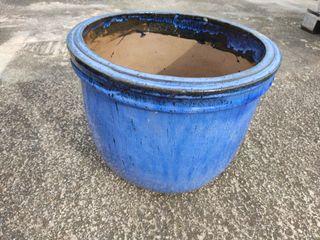Maceta de gres con esmalte azul