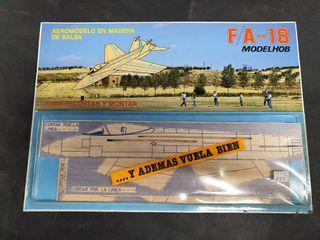 Maqueta madera antigua avión FA-18
