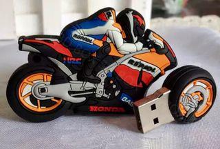 Llavero moto GP - PEN DRIVE 32GB.