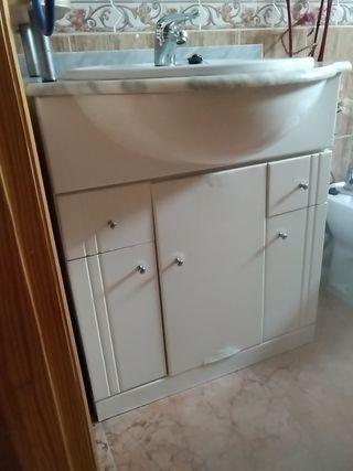 mueble de baño lavabo y crifo