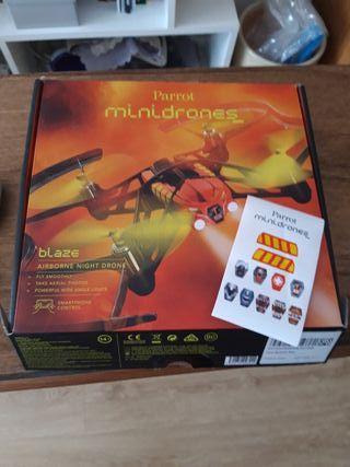 dron minidrone parrot blaze