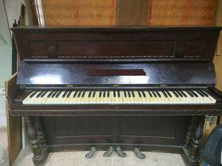 Piano/Órgano Staub. Antigüedad