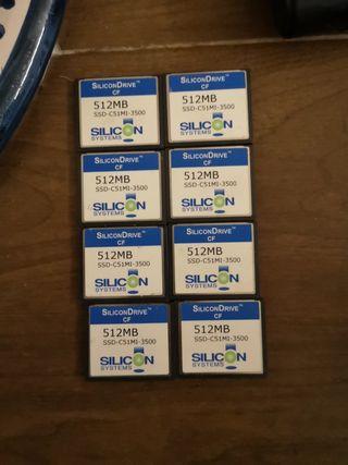 8 memorias compact flash 512 Mb cada una