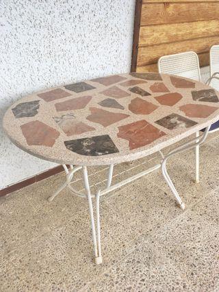 Mesa de jardin de piedra con 5 sillas