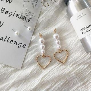 Faux pearl with gold tone heart shape drop earring