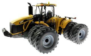 Tractor ocho ruedas CHALLENGER, Escala 1:32