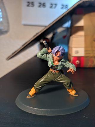 figura Trunks dragón ball z