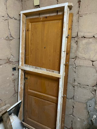 Pre marco puerta