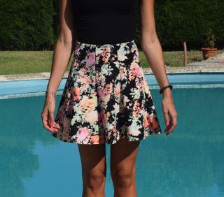 Falda estampado flores
