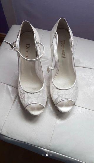 Zapato novia encaje costaron 135€