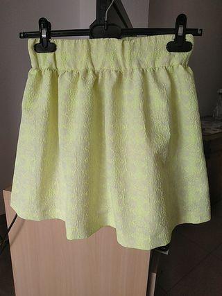 falda corta zara