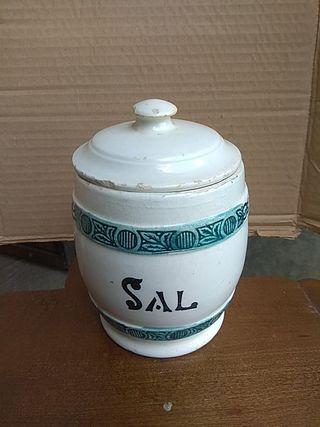 Salero antiguo cerámica