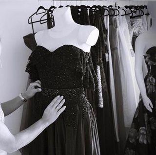 Se traspasa tienda online completa vestidos fiesta