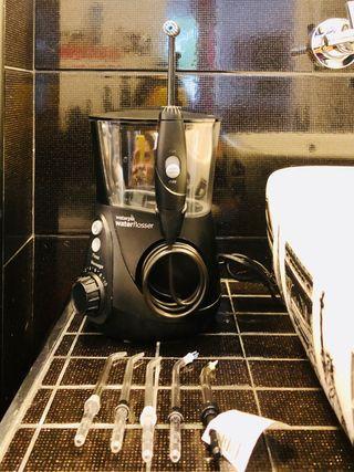 Irrigador dental WATERPIK con accesorios nuevos