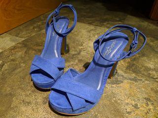 Zapatos Tacón azul Klein T. 36