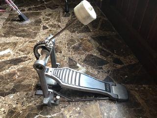 Pedal de bombo Yamaha