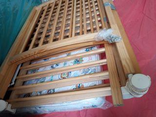 cuna de madera