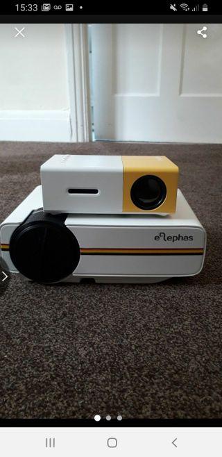 elephas mini projector 1080p and 720p mini project