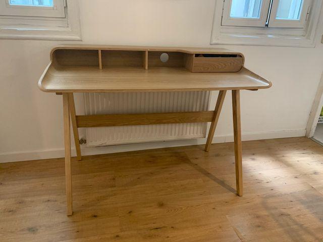 Escritorio diseño nórdico