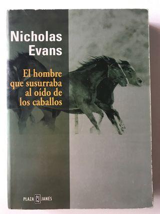 El hombre que susurraba al oido de los caballos