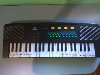 TECLADO PIANO ELÉCTRICO