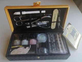 MiniMaletin-Joyero manicura francesa. A estrenar
