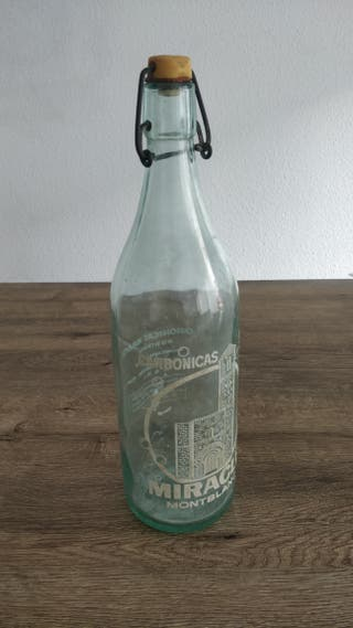 Antigua botella agua carbónica