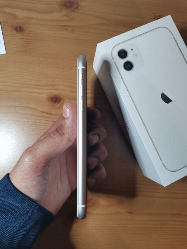 Apple iPhone 11 64 GB