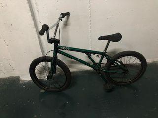 Bicicleta Bmx wethepeople crysis